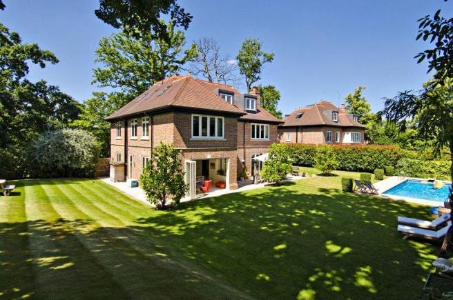 Property in Barnet, Hertfordshire