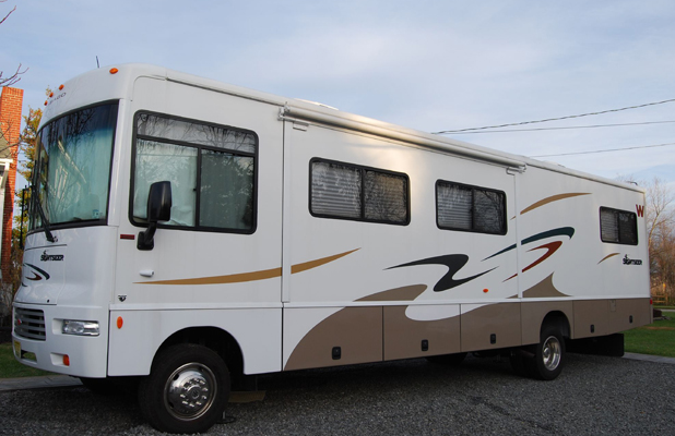 Motor Home And Recreational Vehicles Alternative Living