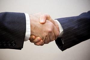 Online Estate Agent Handshake
