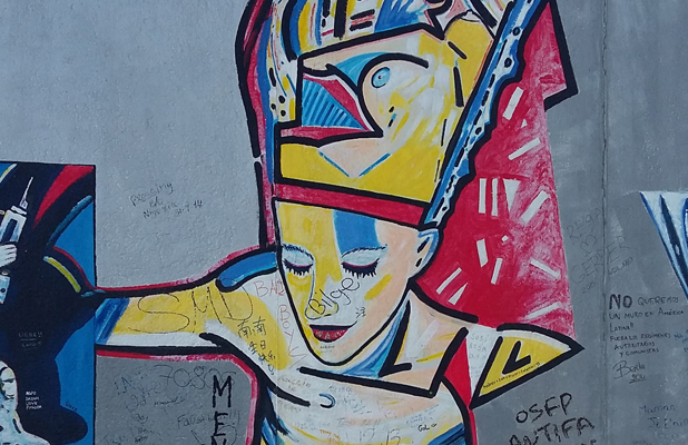 Egyption Woman Berlin Wall East Side Gallery