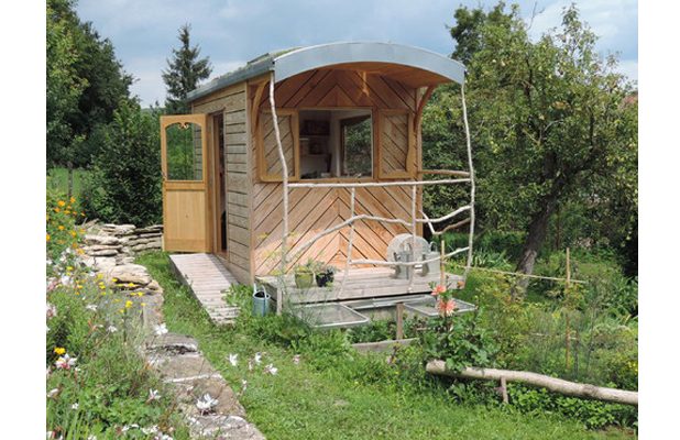 Cool Gardening And Hobbies Shed France