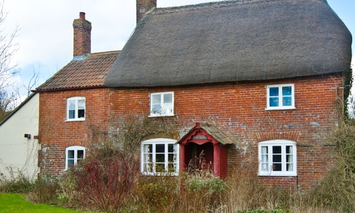 image of a cottage with front garden